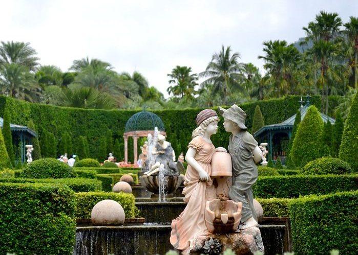 Скульптуры в регулярном стиле