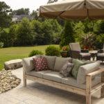 Какую садовую мебель подобрать в беседку