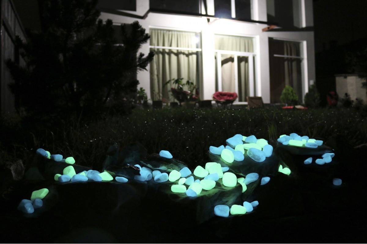 Светильник с люминофором в декоре